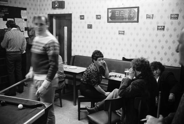 A Wombwell pub, 1985